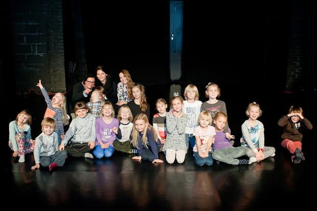 """Prawie 20 dzieci przygotowuje drugą premierę Sopockiego Teatru Muzycznego Baabus Musicalis - """"Baśń o Bolku i Lolku: Królowa Zima""""."""