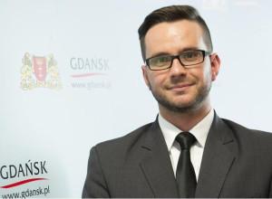 Grzegorz Szczuka robi błyskawiczną karierę w UM. Po kilku miesiącach pracy został dyrektorem Wydziału Rozwoju Społecznego.