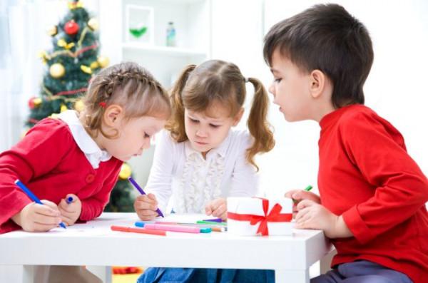 Dziecięce listy adresowane do Świętego Mikołaja potrafią być bardzo długie. Sprawdzamy, co najczęściej kupują w prezencie dla swoich pociech rodzice.