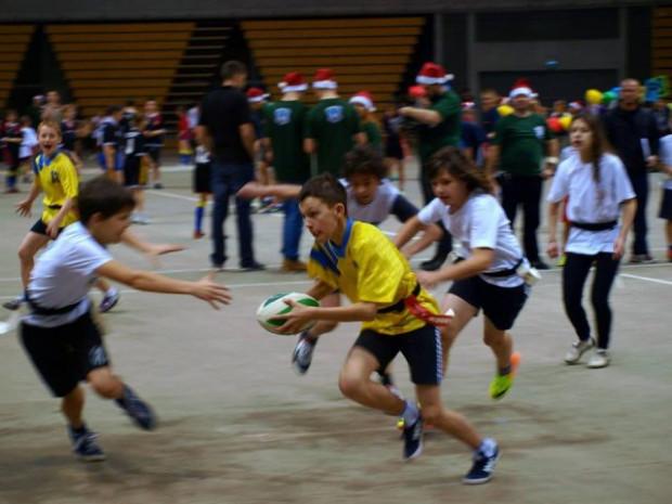 Turniej mikołajkowy w rugby tag.