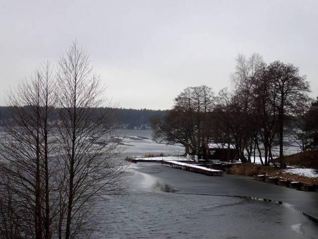Migawki z zimowej wycieczki szlakiem rowerowym wokół Jezior Wdzydzkich