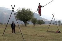 """... czy ciężka praca linoskoczka, jak w """"The Last Tightrope Dancer in Armenia""""."""