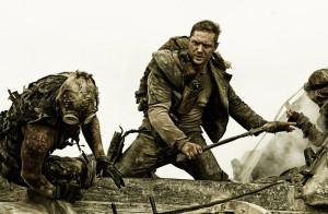 """""""Mad Max"""" wrócił w wielkim stylu, w glorii zachwytów i głośnych niczym filmowe maszyny głosów podziwów."""