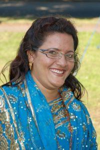 Laxmi Pariyar oprócz tego, że napisała pierwszą konstytucję w dziejach Nepalu i jest posłem nepalskiego sejmu, lubi zwiedzać obce kraje oraz - co udowodniła podczas Fety - tańczyć i śpiewać.