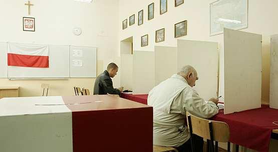 Lokale wyborcze będą otwarte od godz. 8 do 22.
