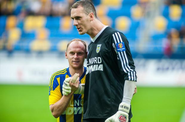 Rafał Siemaszko i Konrad Jałocha najbardziej przyczynili się do remisu Arki z Zawiszą. Pierwszy strzelił gola, drugi dobrze bronił zwłaszcza na linii.