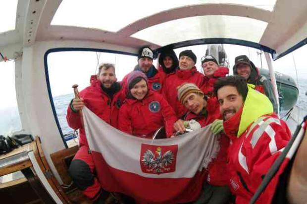 Polacy pobili rekord z 2012 r. należący do rosyjskiej załogi.