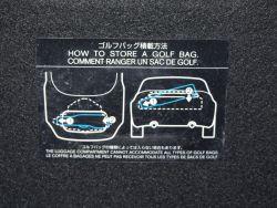 Ciekawostka - na klapie bagażnika instrukcja jak w zmieścić w nim dwie torby golfowe