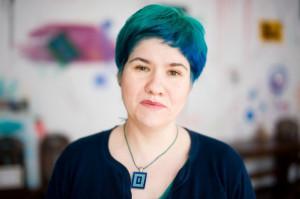 Magdalena Niewęgłowska - psycholog, seksuolog, arteterapeuta. Pomysłodawczyni i założycielka SpoTykalni - przyjaznego miejsca rozwoju twórczego, osobistego i psychoseksualnego dla każdego.