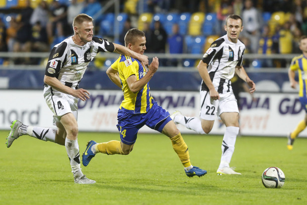 Michał Nalepa zagrał z Sandecją, mimo nie do końca wyleczonej kontuzji prawej nogi.