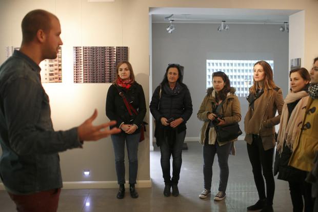 Festiwalowi towarzyszy wystawa prac Menno van der Meera.