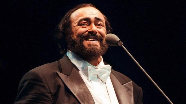 Luciano Pavarotti zaśpiewa na ekranie Multikina w słynnym koncercie duetów.