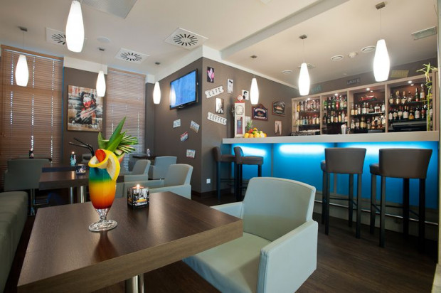 Bar w hotelu Best Western Plus Arkon Park Hotel w Gdańsku.