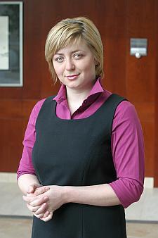 Magdalena Jacoń zachęca do odwiedzenia swojego podwórka - zakupowe okazje trafią się na pewno.