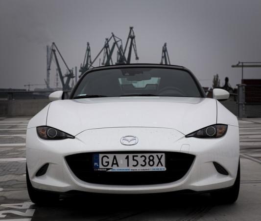 Auto zostało zaprojektowane w myśl najnowszej koncepcji Mazdy - KODO.