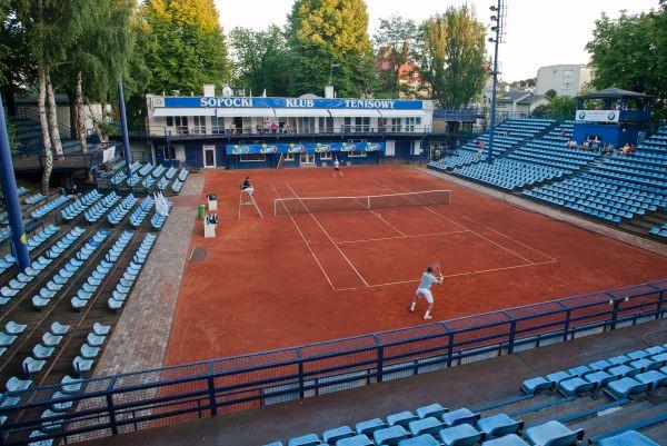 Jeden z kortów Sopockiego Klubu Tenisowego.