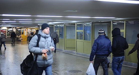 O te boksy w tunelu przy dworcu w Gdańsku w czwartek będą walczyć nowi najemcy.