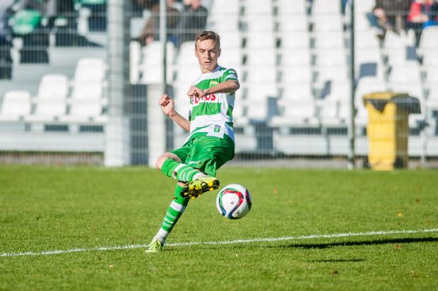 Juliusz Letniowski jeszcze przed środowym meczem ze Świtem Skolwin miał na koncie jedną bramkę w III lidze. Teraz powiększył ten dorobek o hat-tricka.