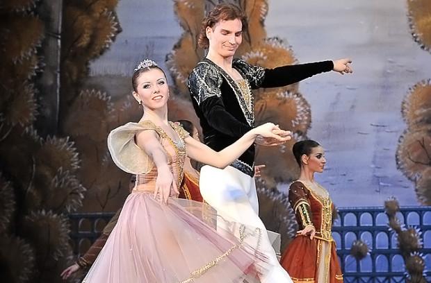 W grudniu powodów do narzekań nie będą mieli z pewnością miłośnicy baletu klasycznego i muzyki Piotra Czajkowskiego.