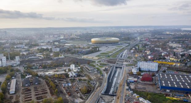 Rondo na ul. Marynarki Polskiej to największy obiekt tego typu w Polsce pod względem średnicy. Zdjęcie z listopada ub. r.