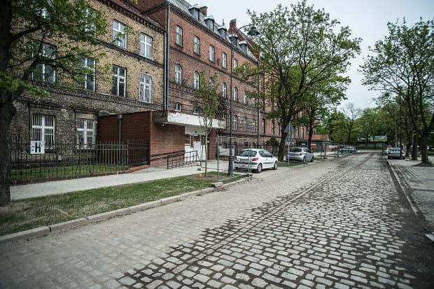Szpital i Dwór Uphagena przy ul. Kieturakisa ostatecznie mają nowego właściciela, który ma zamiar zamienic go w hotel.