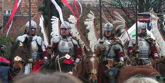 Jak zwykle jedną z atrakcji gdańskiej Parady Niepodległości był pokaz jazdy husarii.
