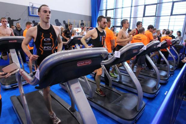 Triathlon pod dachem Alchemii to jedna z licznych propozycji dla aktywnych na najbliższy weekend. Nie zabraknie jednak imprez na świeżym powietrzu.