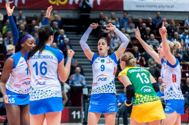 Danica Radenković otrzymała MVP spotkania z Impelem, ale ten tytuł mógł trafić niemal do każdej innej siatkarki PGE Atomu Trefla, która przebywała na boisku.
