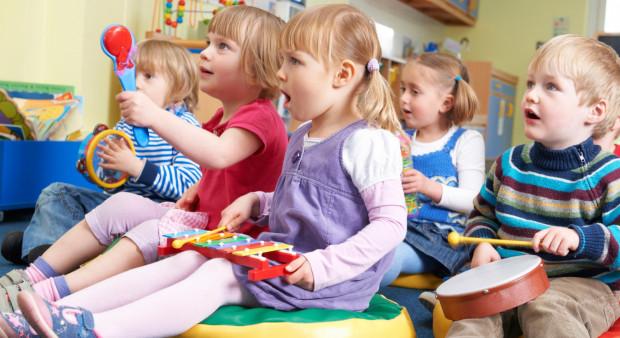 Najwięcej dzieci w pomorskim żyje w Gdańsku, stanowiąc ponad 16 proc. całej ludności miasta.