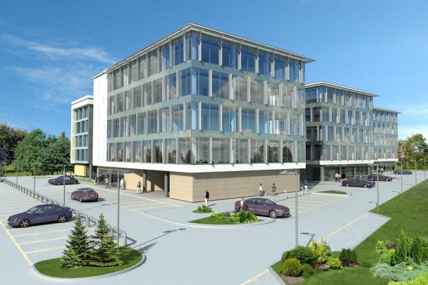 Kompleks Office Kokoszki ma się składać przynajmniej z trzech biurowców. Obecnie powstaje pierwszy budynek, który będzie gotowy jesienią.