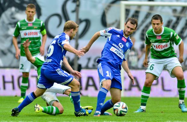 Mecz w Lubinie rozczarował. Miał być ofensywny futbol, ale żadna z drużyn nie chciała się otworzyć. Jedynego gola strzelił Łukasz Starzyński.
