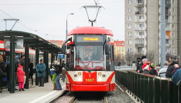 Uroczystego otwarcia trasy tramwajowej na Chełm dokonano 19 grudnia 2007 r.