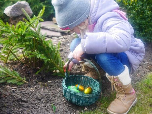 Szukanie prezentów po śniadaniu wielkanocnym to często jeden z momentów, na które dzieci czekają najdłużej.