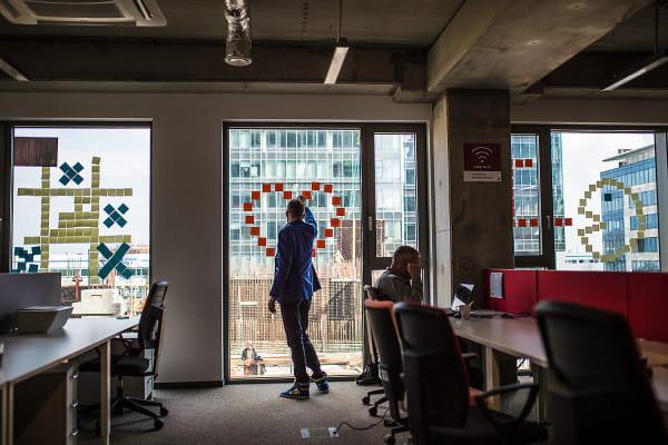 Komunikacja między wieżami OBC toczy się własnym rytmem, każdego dnia dochodzą nowe informacje.