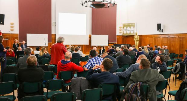 Oficjalna prezentacja Zielonego Bulwaru odbyła się gronie rad dzielnic, dla których przygotowano jeszcze dwa spotkania konsultacyjne.