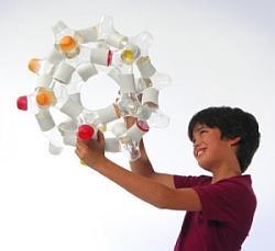 Na Gdynia Design Days będzie można zobaczyć mnóstwo gadżetów m.in. butelki z sokiem dla dzieci (na zdjęciu), którymi potem można się bawić...