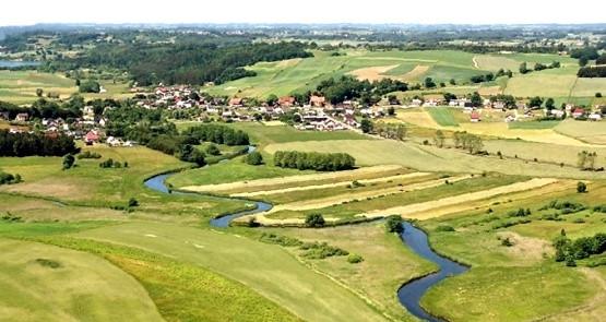 Panorama gminy Somonino i dolina rzeki Raduni