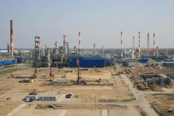Dzięki realizacji Projektu EFRA, wartego 2,3 mld zł, zakład Lotosu w Gdańsku stanie się najnowocześniejszą rafinerią w UE.