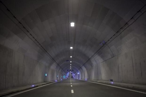 Gotowe wnętrze tunelu pod Martwą Wisłą.