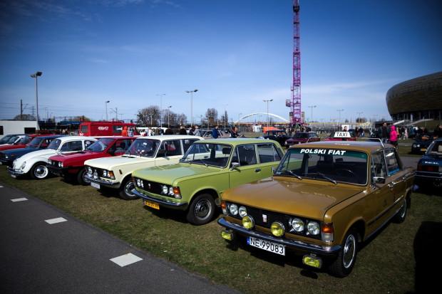Na rozpoczęciu sezonu nie mogło zabraknąć dużych Fiatów.
