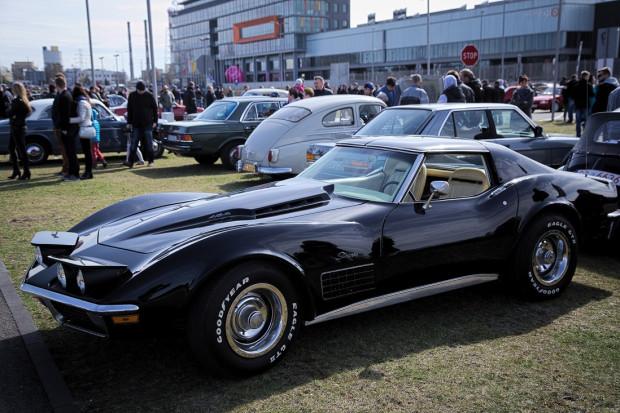 Przepiękny Chevrolet Corvette z 1971 roku.