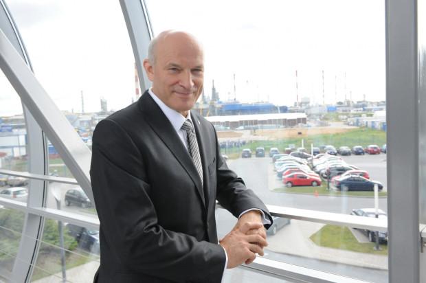 Paweł Olechnowicz stracił stanowisko prezesa Grupy Lotos po 14 latach pełnienia tej funkcji.
