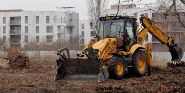 """Maszyny budowlane to łakomy """"kąsek"""" dla złodziei. Ich cena rynkowa to często kilkaset tysięcy złotych."""