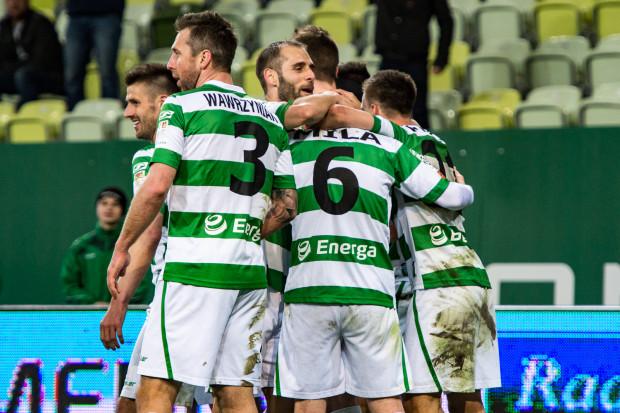 Tak cieszyli się piłkarze Lechii po jak na razie ostatniej bramce w ekstraklasie, którą zdobyli 19 kwietnia w wygranym meczu z Pogonią Szczecin 2:0.
