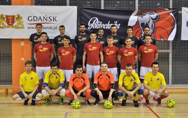Futsaliści Politechniki Gdańskiej liczą na to, że w kolejnym sezonie zagrają o czołowe lokaty w I lidze. W tym celu szukają wzmocnień także wśród graczy, którzy nie mają obecnie zespołów.
