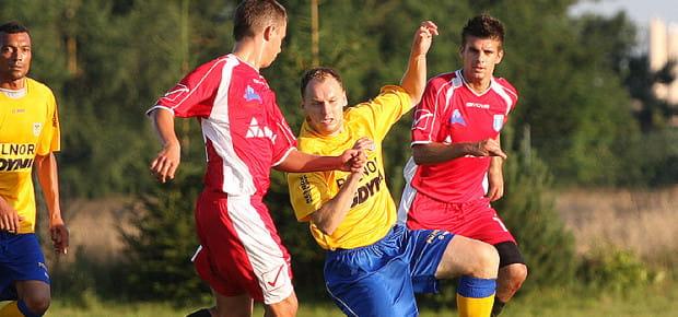 Rafał Siemaszko nie zapomniał jak się strzela gole III-ligowcom. Wdzie zaaplikował trzy, a w dwóch ostatnich sezonach w barwach Orkana Rumia na tym szczeblu rozgrywek zdobył aż 34 bramki.