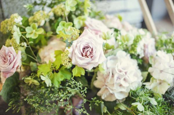 Bukiet z wrzeszczańskiej kwiaciarni Mały Park: róża z Ekwadoru, hortensja, zielony ciemiernik, kalina, zatrwian i asparagus