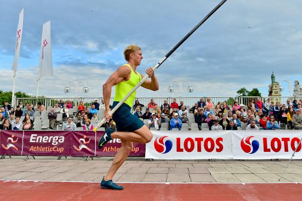 Piotr Lisek jest głównym kandydatem do zwycięstwa w tegorocznej edycji Tyczki na Molo. 24-latek w tym roku został brązowym medalistą halowych mistrzostw świata w Portland.