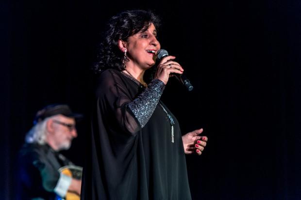 W piątkowy wieczór w Sali Koncertowej Portu Gdynia Eleni zaprezentowała słuchaczom przekrój swojej twórczości. Owacjom nie było końca.