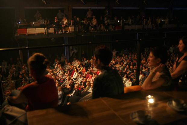 Publiczność w Starym Maneżu.